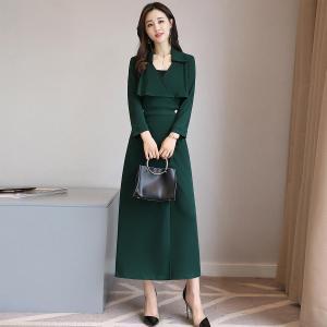 轩品媛  纯色高腰显瘦中长款连衣裙V领  P809913